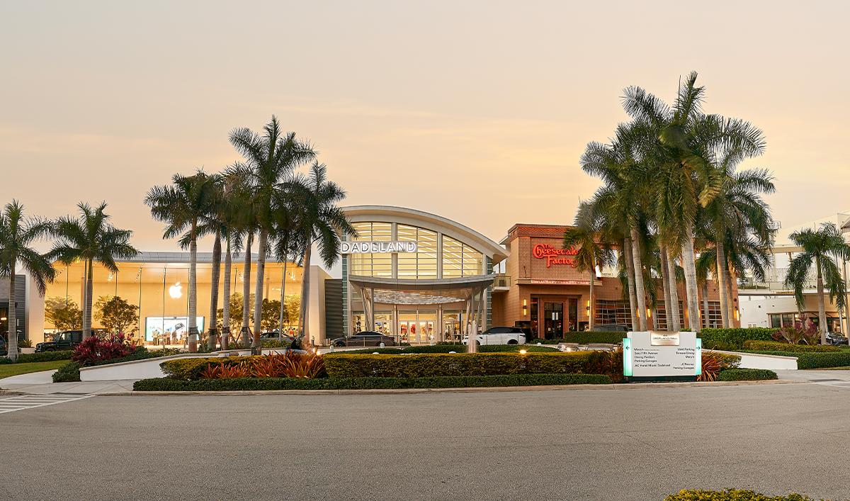 Do Business At Dadeland Mall A Simon Property