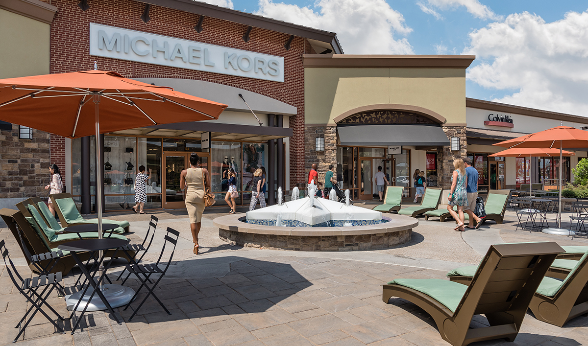 Do Business At Allen Premium Outlets A Simon Property